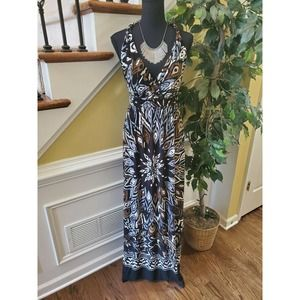 Glamour Maxi Dress Size 10- Necklace Included